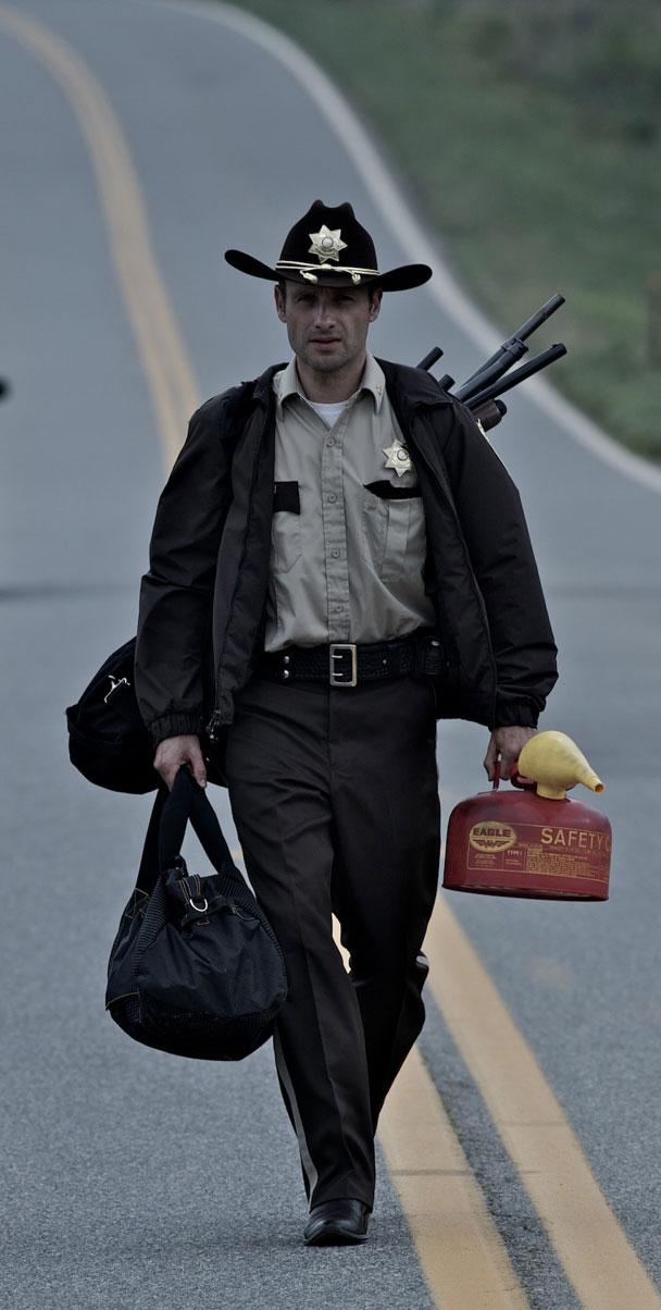 Rick Grimes Walking