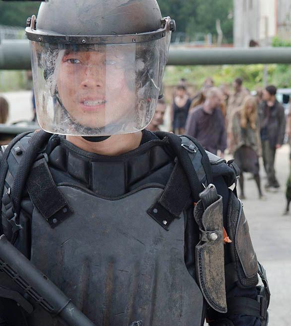 Glenn Rhee Riot Gear