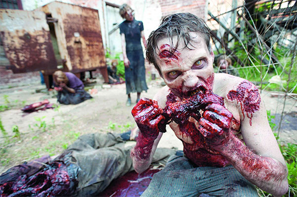 The Walking Dead Zombie Eating Flesh