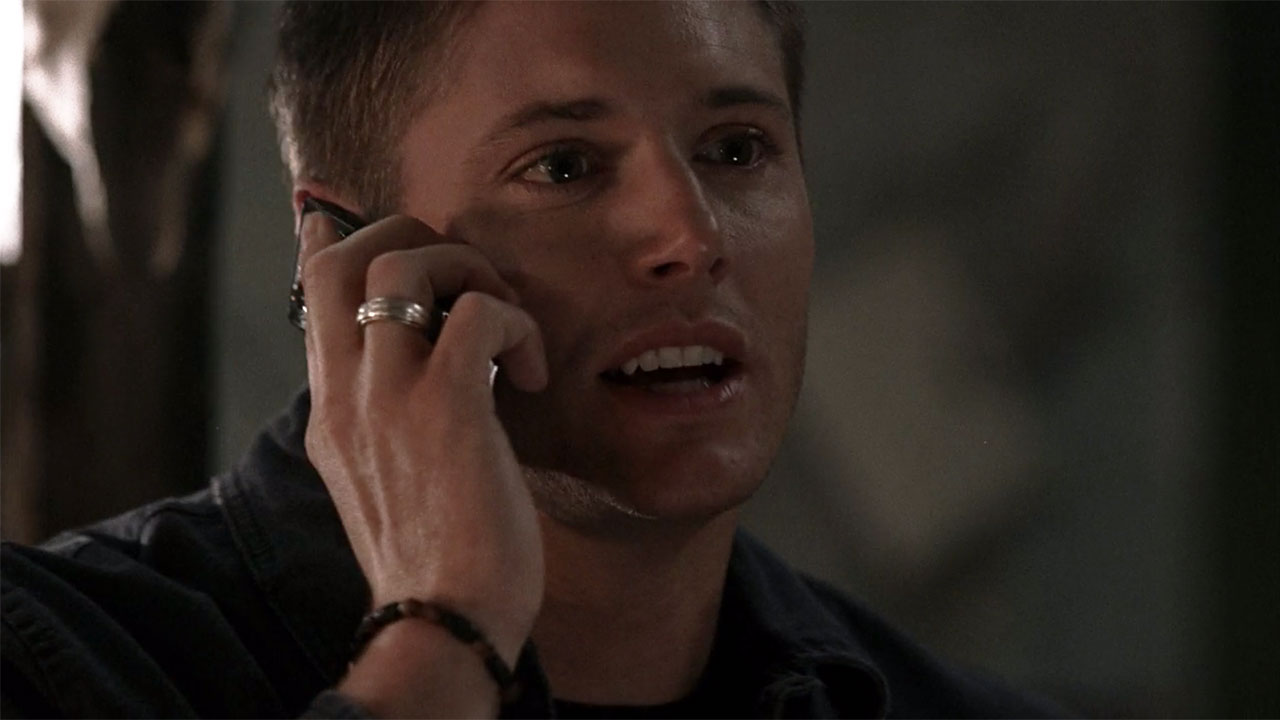 dean s accessories supernatural tv style guide